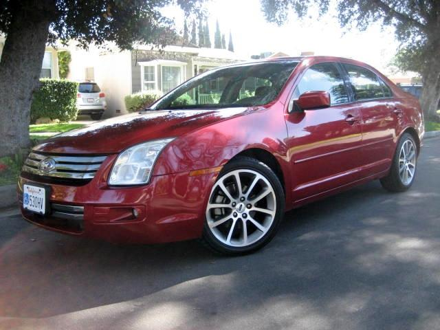 2008 Ford Fusion This is a 2008 Ford Fusion SE Burgundy with Black Interior Leather Trim ONLY 90K M