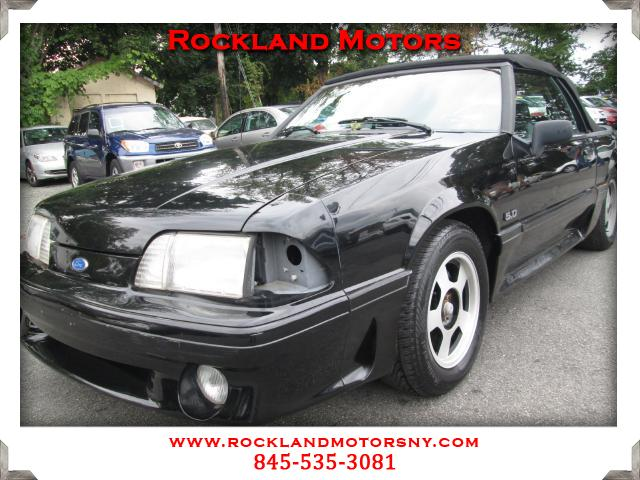 1993 Ford Mustang DISCLAIMER We make every effort to present information that is accurate However