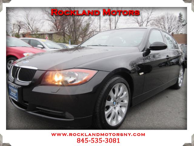 2008 BMW 3-Series Sport Package  Navigation DISCLAIMER We make every effort to present in
