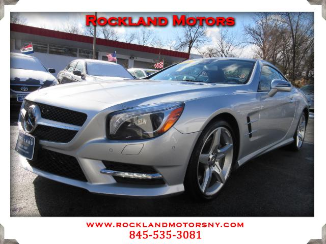 2013 Mercedes SL-Class DISCLAIMER We make every effort to present information that is accurate How