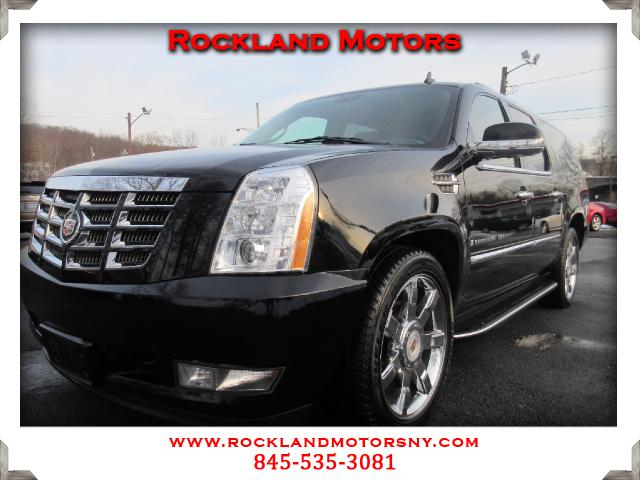 2009 Cadillac Escalade DISCLAIMER We make every effort to present information that is accurate How