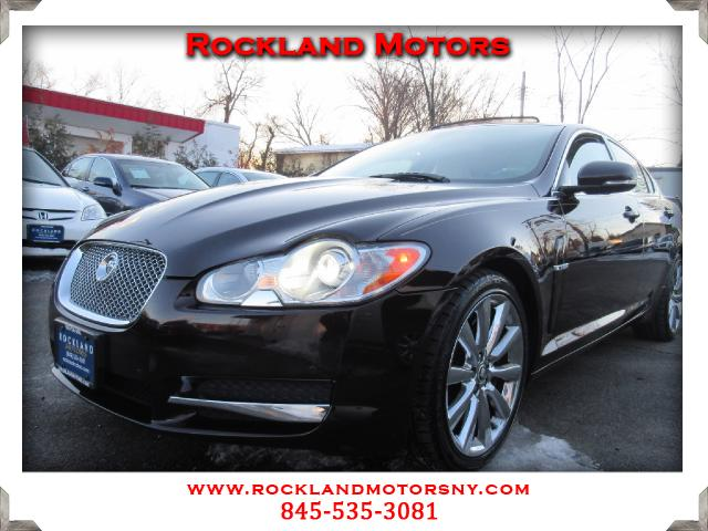 2011 Jaguar XF-Series DISCLAIMER We make every effort to present information that is accurate Howe