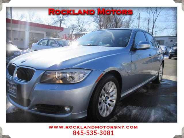 2009 BMW 3-Series DISCLAIMER We make every effort to present information that is accurate However