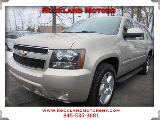 2009 Chevrolet Suburban DISCLAIMER We make every effort to present information that is accurate Ho