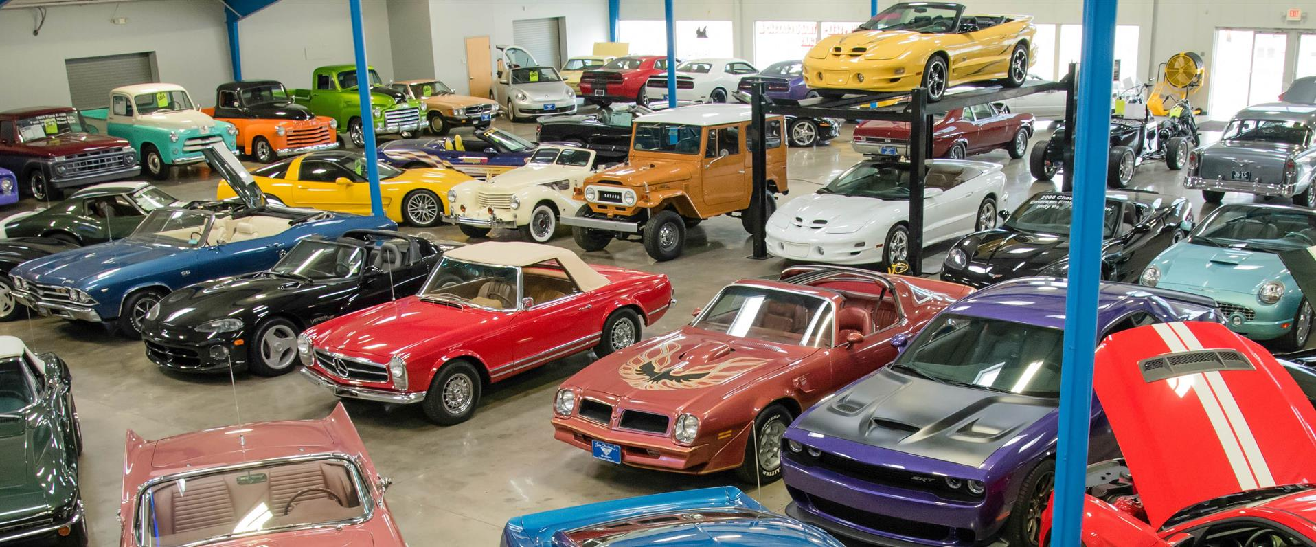 Jk S Galleria Of Vintage Classic And Pristine Cars Salem Oh New