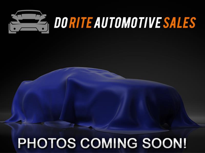 Chevrolet Suburban LT 1500 2WD 2011