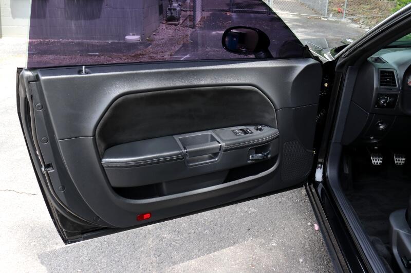 Dodge Challenger SRT8 2010