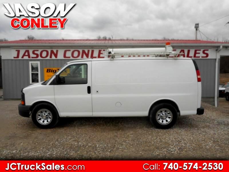 2009 Chevrolet Express Cargo Van RWD 1500 135