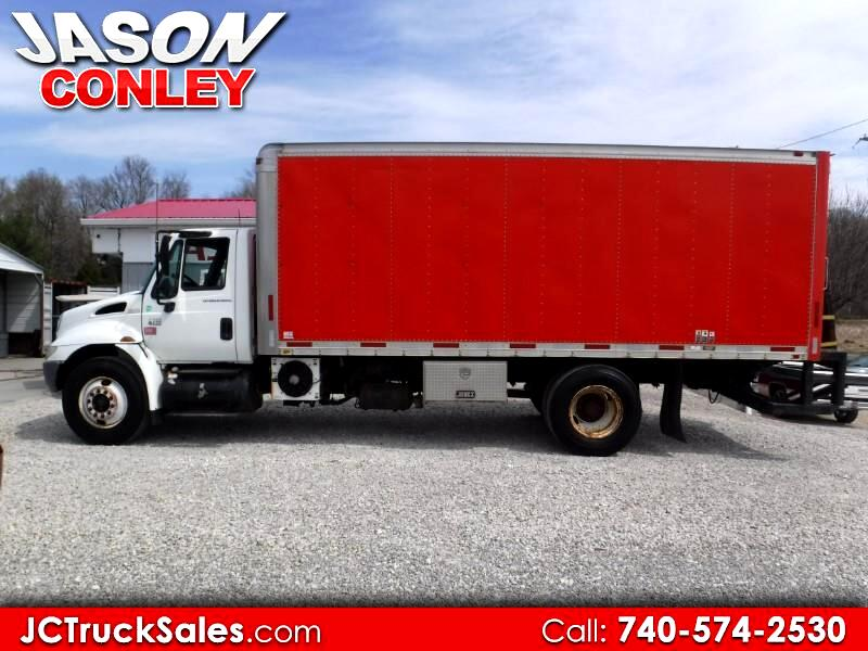 2007 International 4300 20' BOX TRUCK WITH PTO AIR COMPRESSOR
