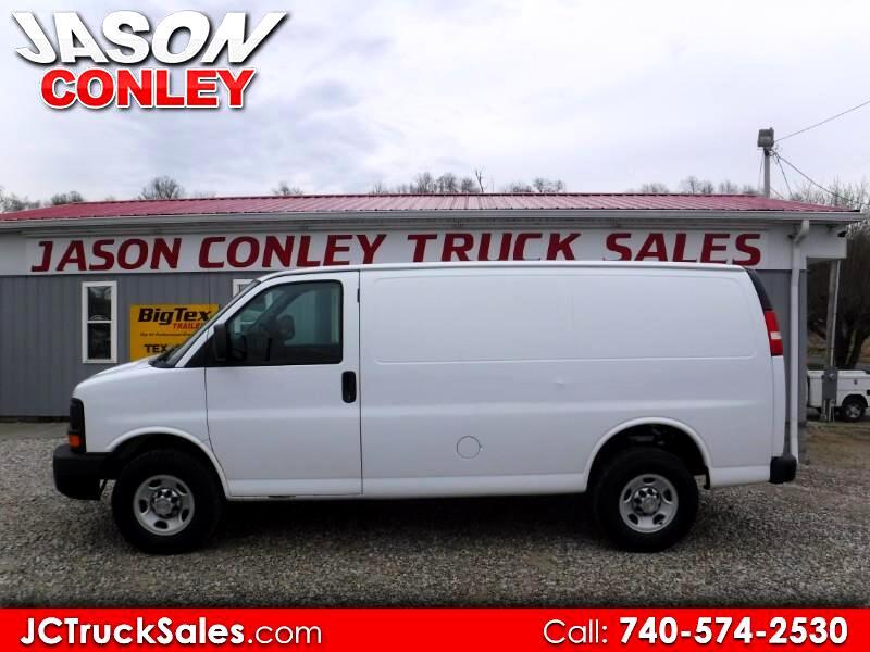2011 Chevrolet Express Cargo Van RWD 2500 135