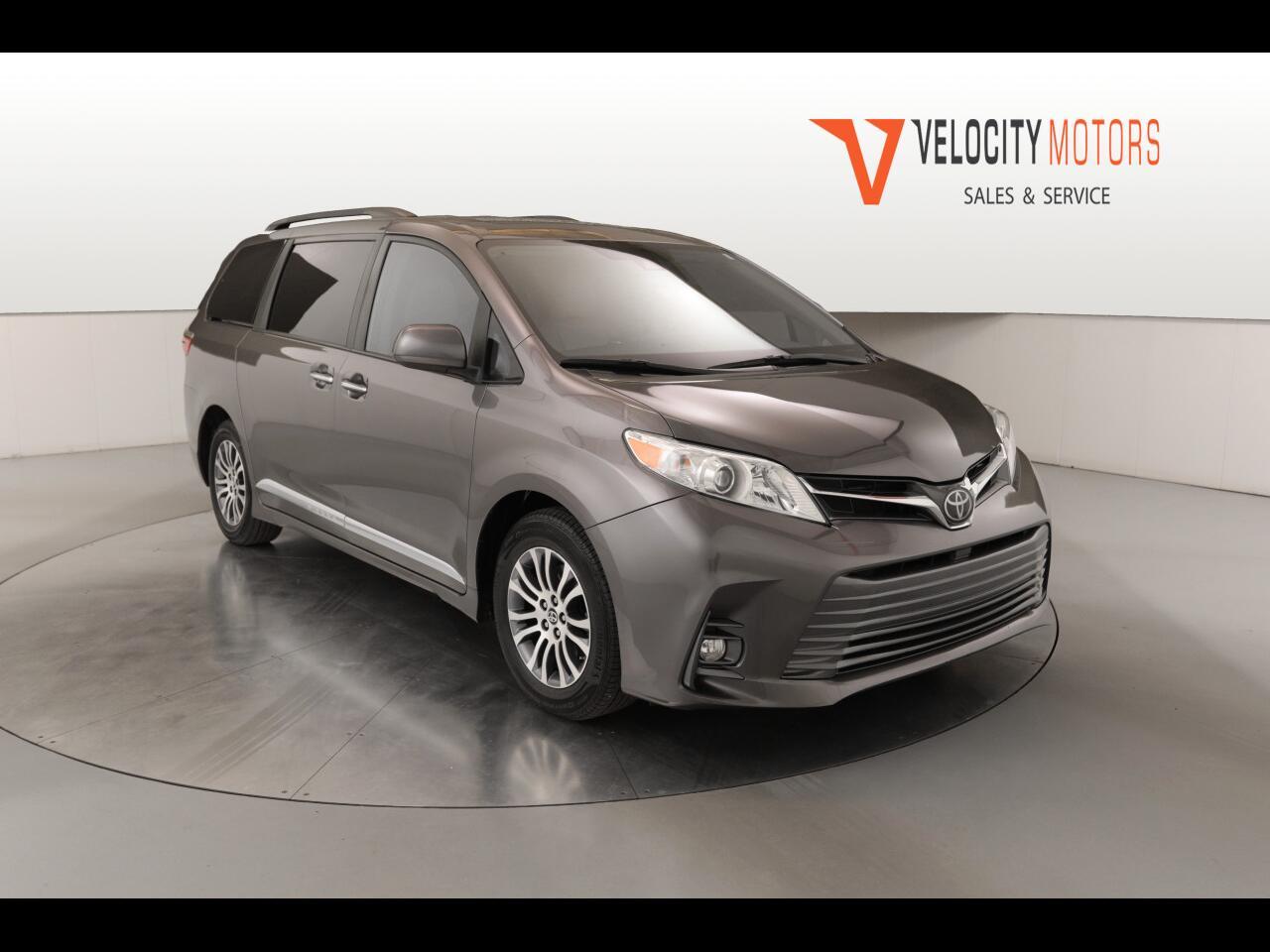 Toyota Sienna Limited Premium 7-Passenger 2019