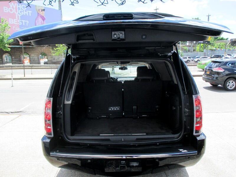 2011 GMC Yukon Denali XL 4WD