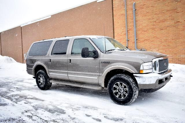 "2002 Ford Excursion 137"" WB 7.3L Limited 4WD"