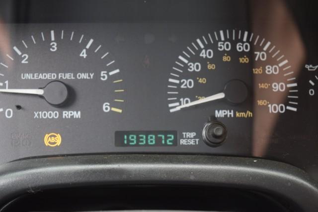 1997 Jeep Cherokee Sport 4-Door 4WD