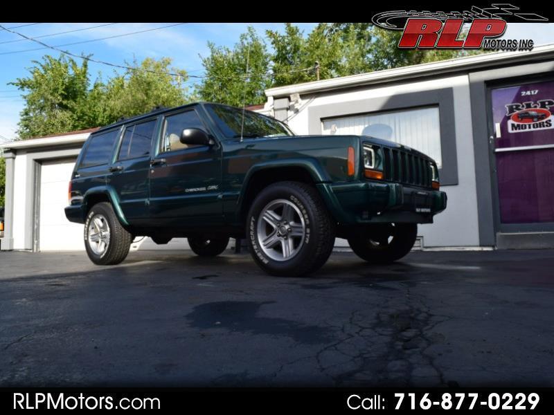 Jeep Cherokee Classic 4-Door 4WD 2000