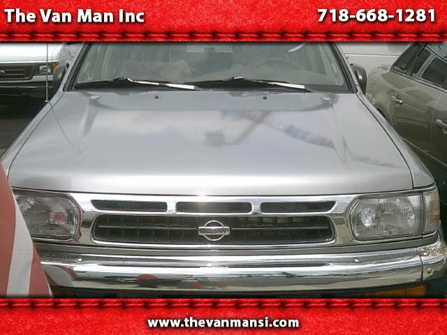 1999 Nissan Pathfinder LE 4WD
