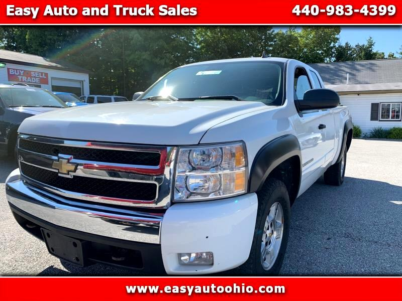 2008 Chevrolet Silverado 1500 Work Truck Ext. Cab Std. Box 4WD