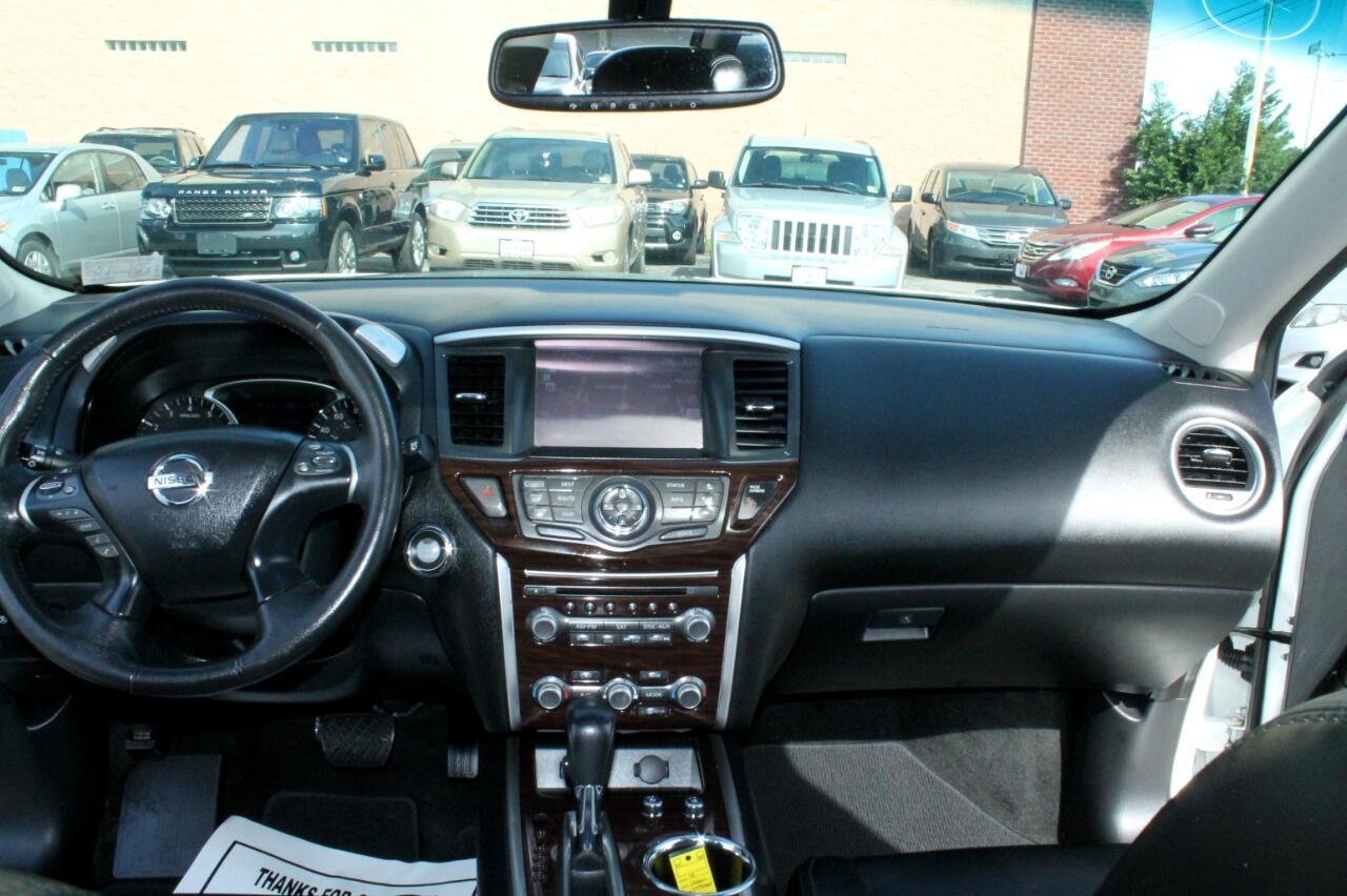 2014 Nissan Pathfinder 4WD 4dr Platinum