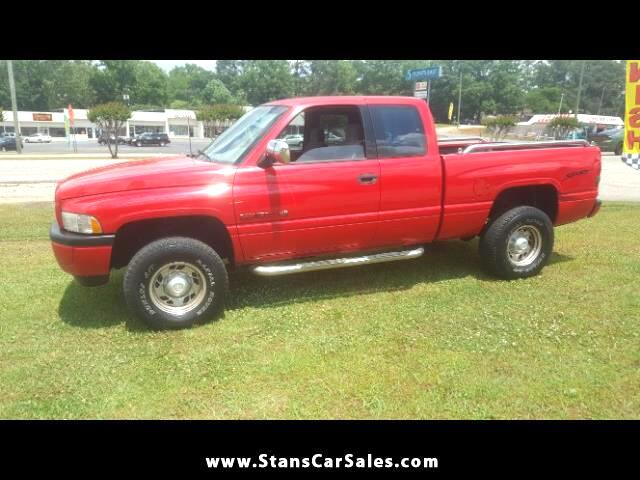 1996 Dodge Ram 1500 ST Club Cab 6.5-ft. Bed 2WD
