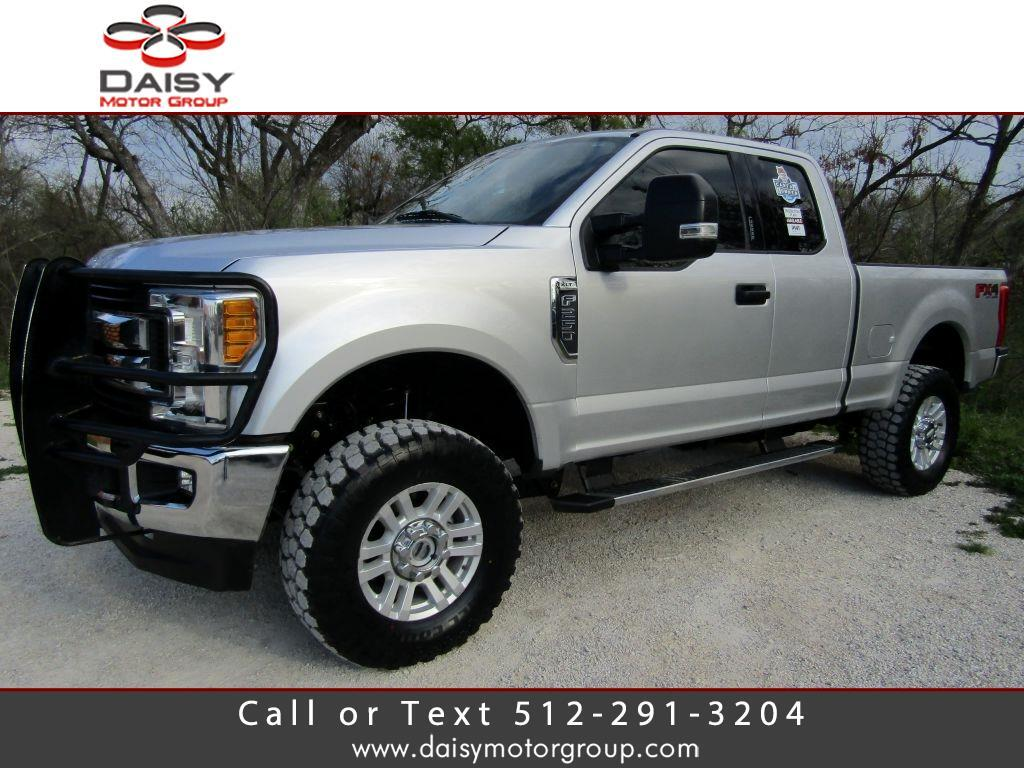 2017 Ford F250 XLT 4WD SuperCab 8' Box