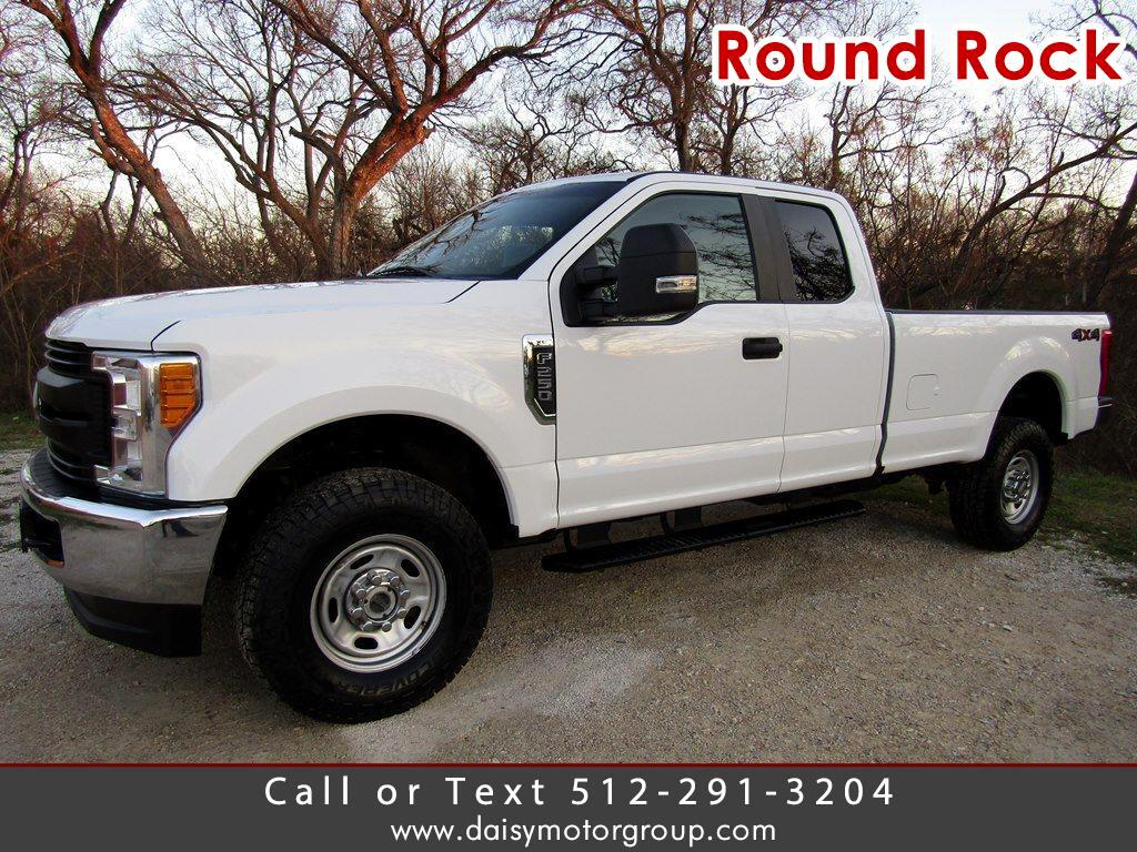 Ford F-250 XL SuperCab Long Bed 4WD 2017