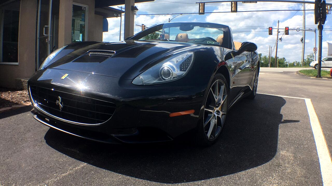 2011 Ferrari California Convertible GT