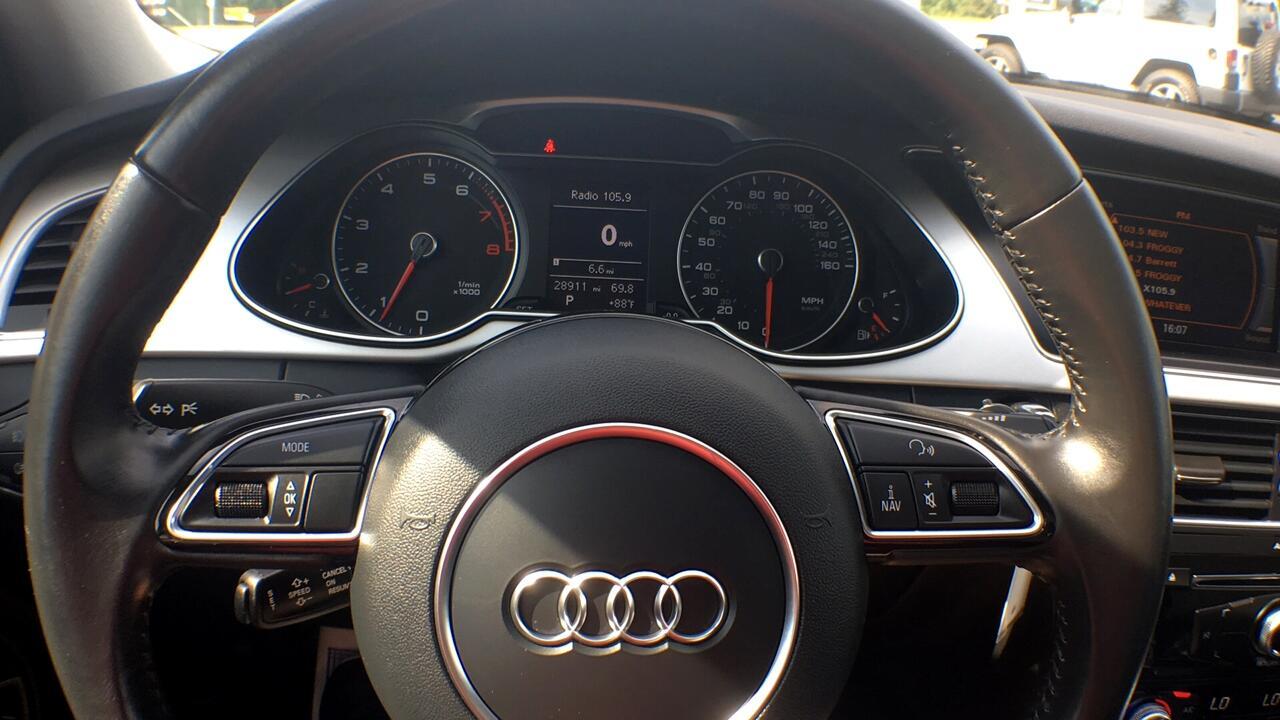 Audi A4 2.0T Premium quattro Sedan AWD 8A 2016