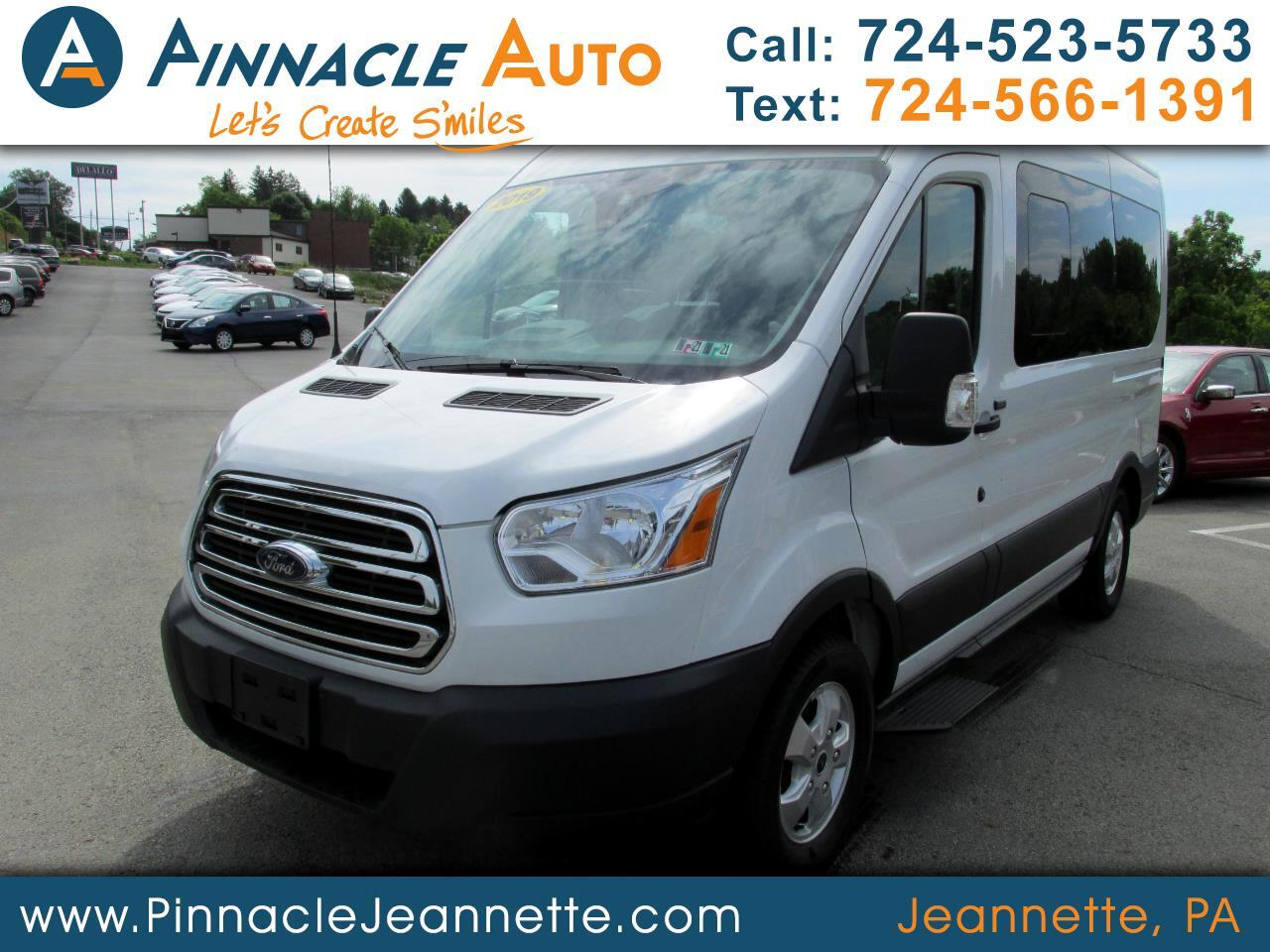 Ford Transit 150 Wagon Med. Roof XLT w/Sliding Pass. 130-in. WB 2019