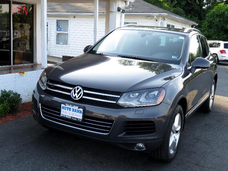 2012 Volkswagen Touareg VR6 Lux