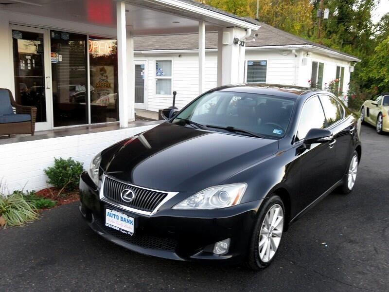 Lexus IS  2010