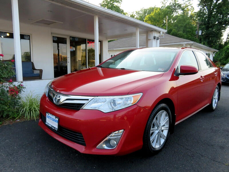 Toyota Camry 2014.5 4dr Sdn I4 Auto XLE (Natl) 2012