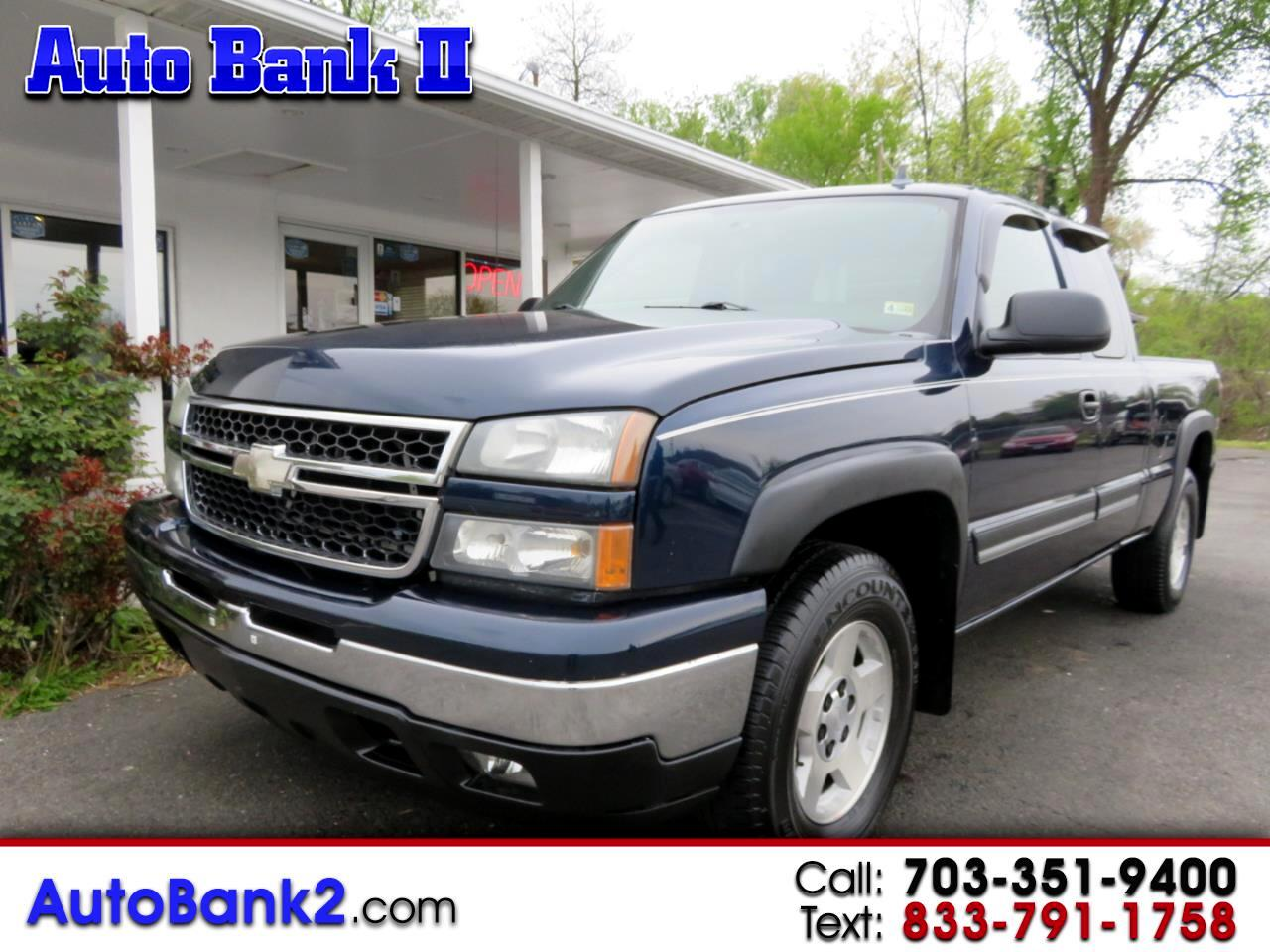 Chevrolet Silverado 1500 LT1 Ext. Cab Long Bed 4WD 2006