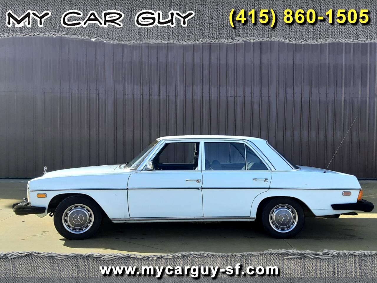 Mercedes-Benz 240D Base 1975