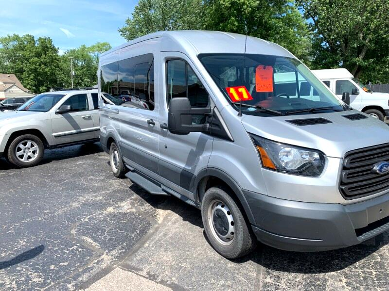 2017 Ford Transit 150 Wagon Med. Roof XL w/Sliding Pass. 130-in. WB