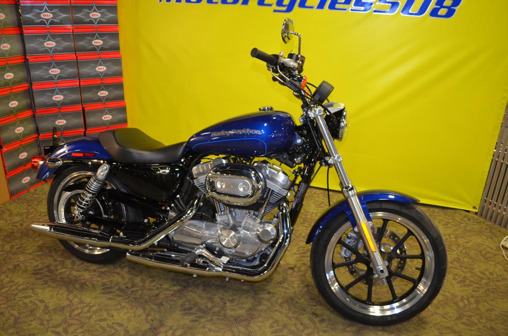 2016 Harley-Davidson Sportster 883 Low XL883L