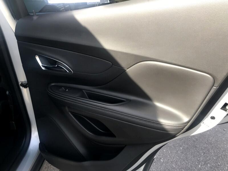 Buick Encore Convenience FWD 2015