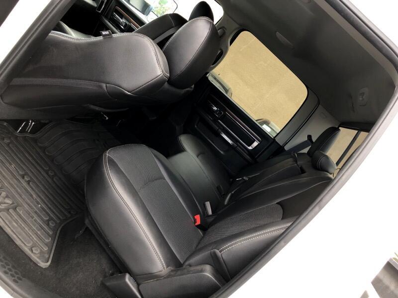 2016 RAM 3500 Laramie Crew Cab SWB 4WD