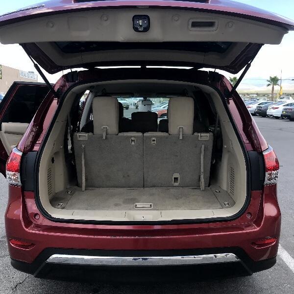 2015 Nissan Pathfinder SV 2WD