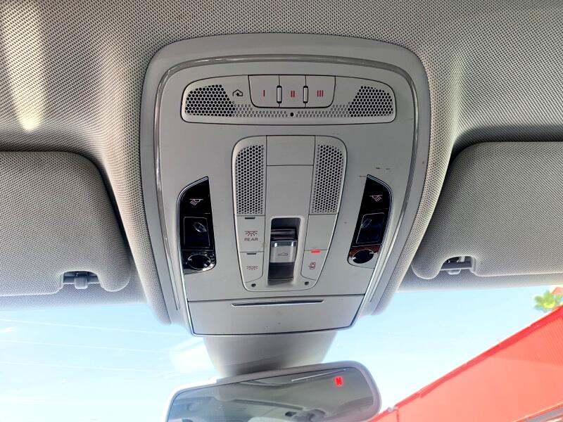 Audi A8 4dr Sdn 4.2L Quattro AWD LWB Auto 2011