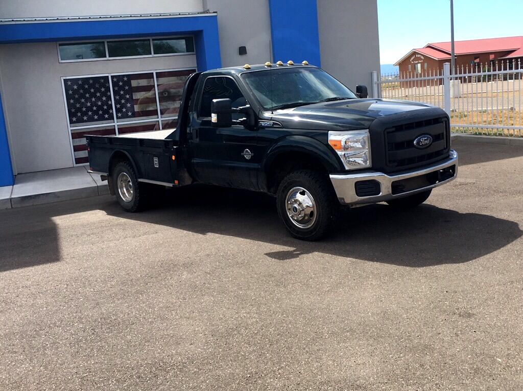 2014 Ford F-350 Chassis Cab XL