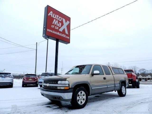 "Chevrolet Silverado 1500 4dr Ext Cab 143.5"" WB 4WD LS 2000"