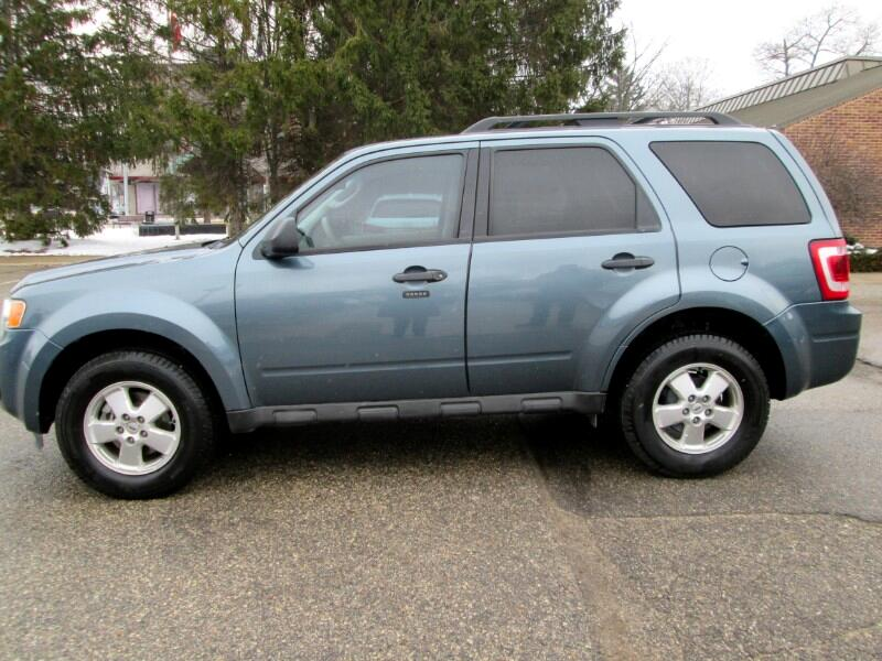 Ford Escape XLT FWD 2012