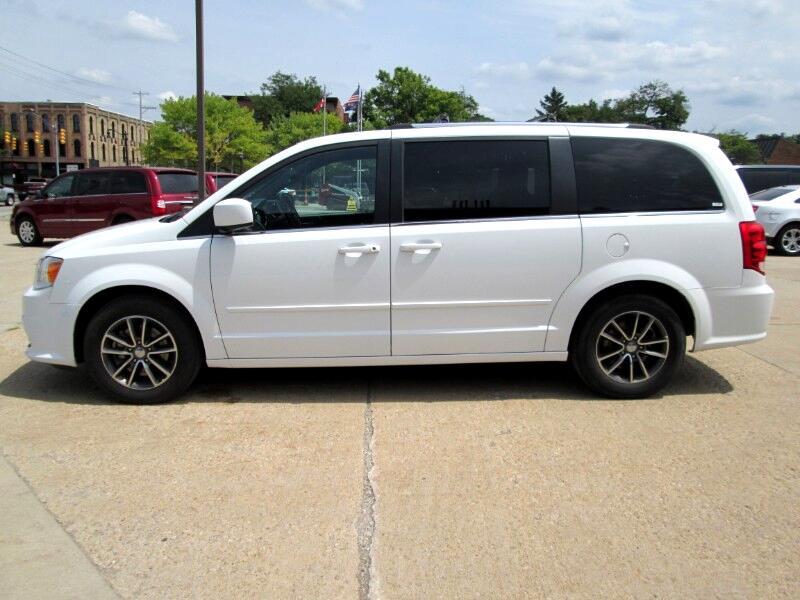Used 2017 Dodge Grand Caravan Sxt For Sale In Greenville Mi 48838 Ray Winnie Auto Sales