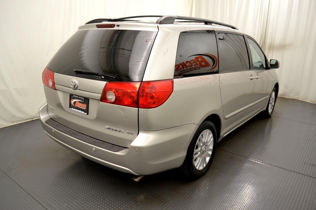 Toyota Sienna  2007