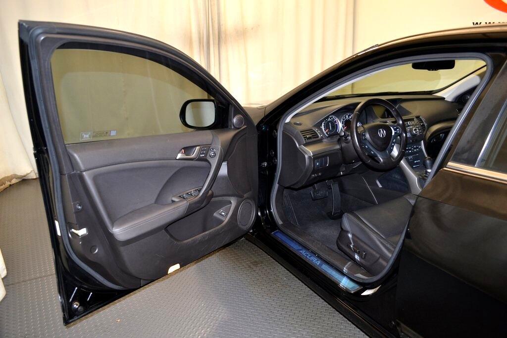 Acura TSX  2010
