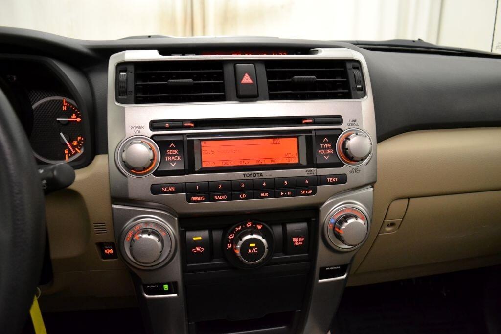 Toyota 4Runner  2011