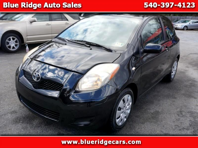 2010 Toyota Yaris Liftback 3-Door MT