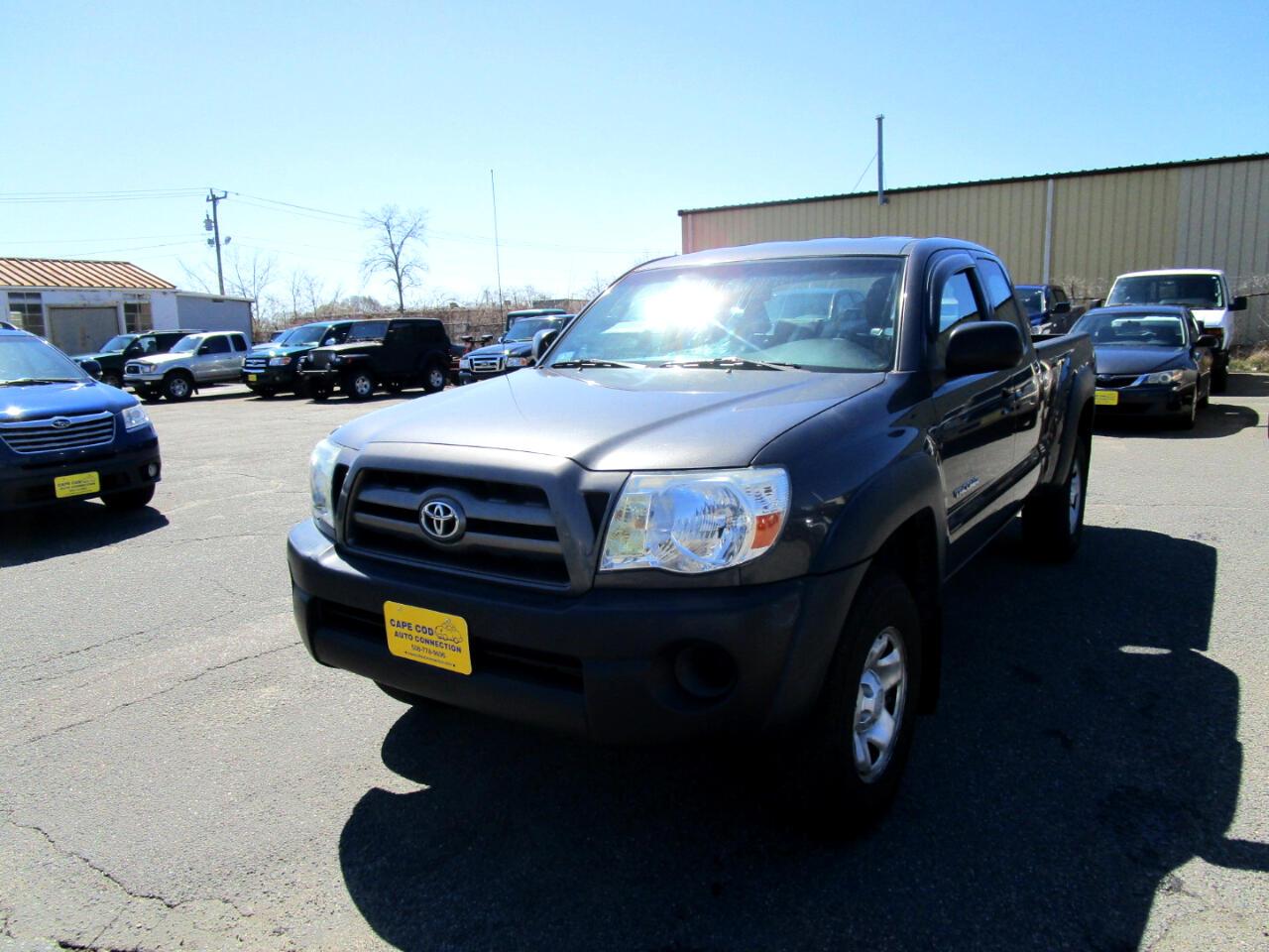 Toyota Tacoma 4WD Access I4 MT (Natl) 2010