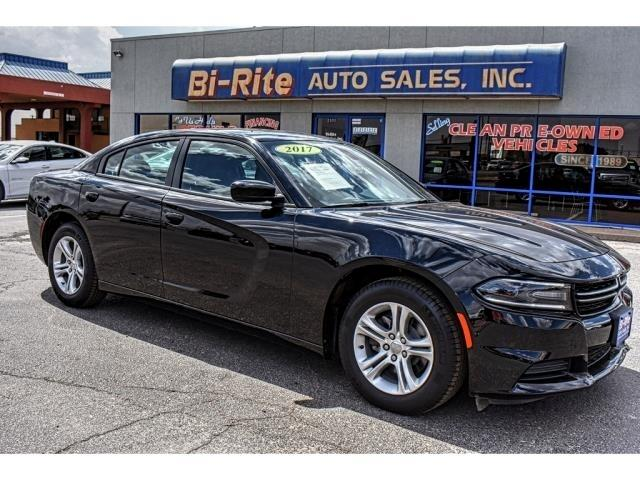 2017 Dodge Charger ONLY 3300 MILES BLACK AND SPORTY FACTORY WARRANTY