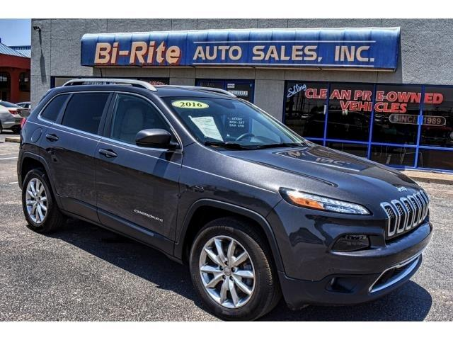 2016 Jeep Cherokee 4X4 LIMITED LEATHER CLEAN CARFAX